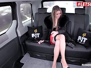 VIP SEX VAULT - Hardcore Sex In The Back Of a Czech Taxi - LETSDOEIT.COM