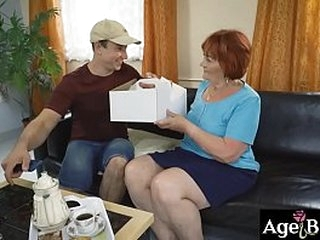 Mature Marsha got a young cock for her vintage cunt