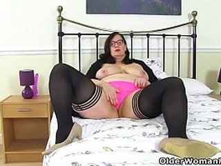 English BBW Jayne Storm loves having her large boobs and hairy fanny on full display for you. Bonus video: UK milf Vintage Fox.