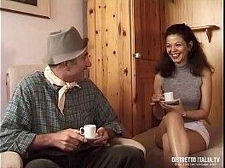 Al giardiniere non basta un buon caffè vuole pure la fica della signora