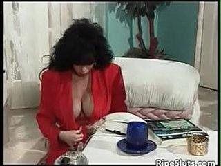 busty mature - old porn movie - DEALINGPORN.COM