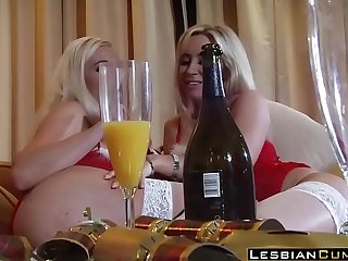 Lesbian Karlie Sapphire HardSex Retro Fuck  LesbianCums.com