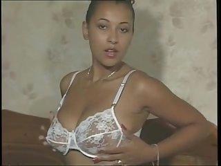 Danica Collins Vintage Solo